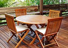 Sestavy zahradního nábytku - stoly, židle